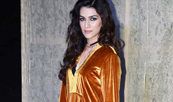 Kriti Sanon grace Manish Malhotra's 50th birthday bash hosted by Karan Johar - Pictures