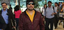 Mika Singh Snapped at Domestic Airport