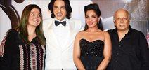 Pooja Bhatt, Richa Chadda, Mahesh Bhatt And Rahul Roy Snapped On The Sets of Cabaret