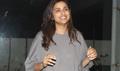 Parineeti Chopra cuts her birthday cake with fans