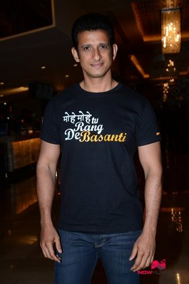 Picture 3 of Sharman Joshi