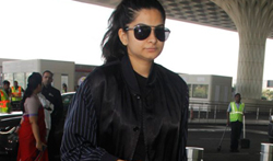 Rhea Kapoor snapped at the airport - Pictures