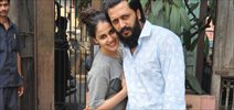 Ritesh and Genelia snapped post lunch at Pali Bhawan