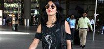 Shruti Haasan snapped at international airport
