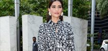 Sonam Kapoor attends Fight hunger Foundation event