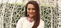 Sonakshi Sinha snapped promoting 'Akira'