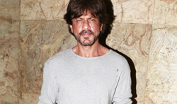 Shah Rukh Khan graces the Raees trailer preview for select media - Pictures
