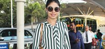 Sunidhi Chauhan Snapped at Domestic Airport