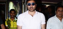 Sunny Deol Meets Ghayal Once Again Patrons