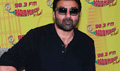 Sunny Deol Promotes Ghayal On Radio MIrchi