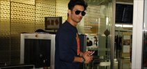 Sushant Singh Rajput snapped at the airport