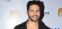 Varun Dhawan graces India Nightlife Convention & Awards night