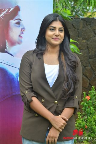 Picture 4 of Manjima Mohan