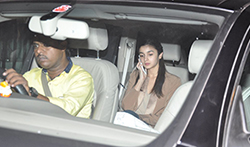 Alia Bhatt snapped leaving Sidharth Malhotra's house post dinner - Pictures
