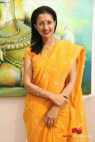 Picture 1 of Gautami Tadimalla