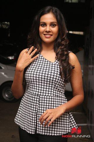 Picture 3 of Chandini Tamilarasan
