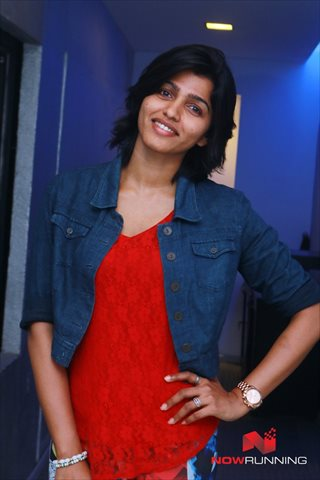 Picture 3 of Dhansika