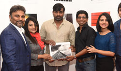 Actor Vijay Sethupathi inaugurated photo exhibition from photobook - Pictures