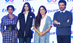 Anil Kapoor, Rhea Kapoor, Masaba Gupta and Neena Gupta at the 'Abbott' event - Pictures