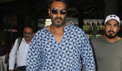 Ajay Devgan snapped at the airport - Pictures
