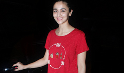 Alia Bhatt snapped post an ad shoot at Mehboob Studio - Pictures