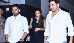 Amrita Arora and Arbaaz Khan snapped post Shakeel Ladak birthday dinner - Pictures