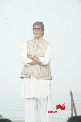Picture 2 of Amitabh Bachchan