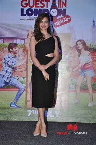 Picture 3 of Kriti Kharbanda