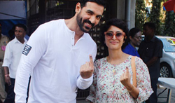 John Abraham, Kiran Rao, Prem Chopra and Priya Dutt cast their vote in Bandra - Pictures