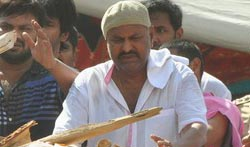 Dasari Final Rites Photos - Pictures