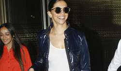 Deepika Padukone snapped at airport - Pictures