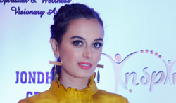 Evelyn Sharma graces the 'Inspire - Spiritual & Wellness Visionary Awards 2017' - Pictures
