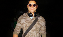 Farhan Akhtar snapped at the airport - Pictures