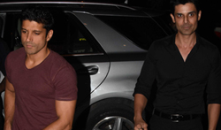 Farhan Akhtar and Amit Gaur snapped at Radio Bar - Pictures