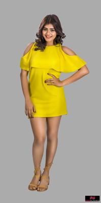 Picture 2 of Hebah Patel