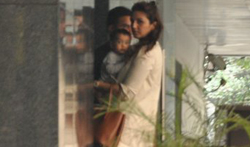 Huma Qureshi and Arpita Khan snapped post lunch at hakassan - Pictures