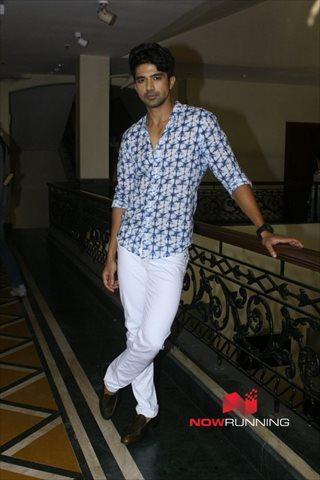 Picture 2 of Saqib Saleem
