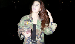 Jacqueline Fernandez snapped at the airport - Pictures