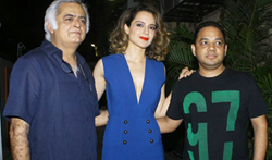 Kangna Ranaut and Hansal Mehta at their film Simran's wrap up bash - Pictures