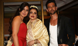Katrina Kaif, Rekha and Hrithik Roshan at Hello! Hall of Fame Awards 2 - Pictures