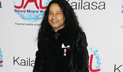 Kailash Kher celebrates 10 years in industry and also the 'Padma Shri' honour - Pictures