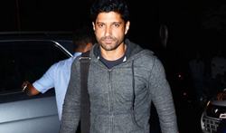 Farhan, Amit Gaur and Ritesh SIdhwani snapped at Otters Club - Pictures