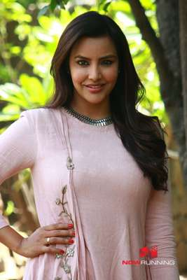 Priya Anand Pictures