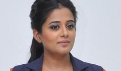 Priyamani at Gateway Hair Fixing Launch - Pictures