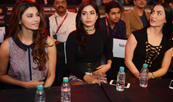 Bollywood stars at the MMA league Final - Pictures