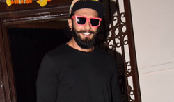 Ranveer Singh snapped at a dubbing studio in Bandra - Pictures