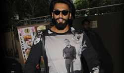 Ranveer Singh snapped at the airport - Pictures