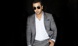 Ranbir Kapoor snapped at the airport - Pictures