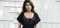Rhea Chakraborty snapped post dubbing for 'Half Girlfriend'
