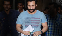 Saif Ali khan snapped in Bandra - Pictures